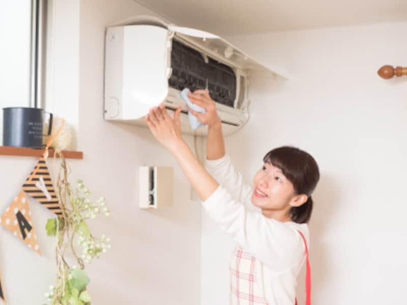 エアコンのフィルターはこまめに掃除を!