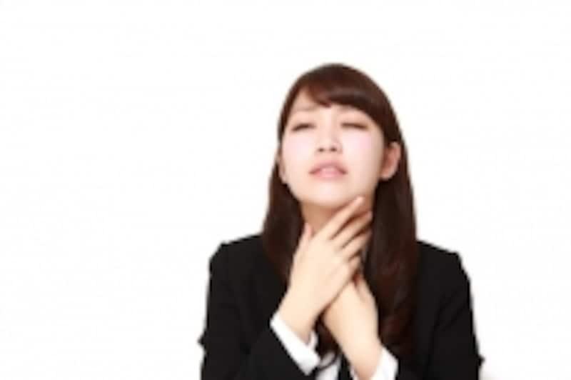 喉の痛みをツボで改善するには?