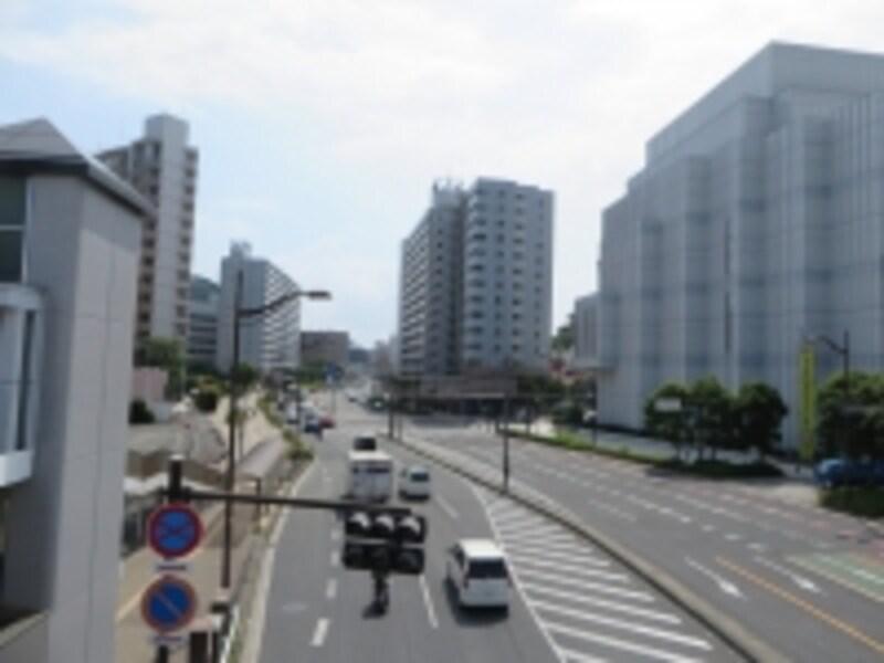 横須賀街道沿い
