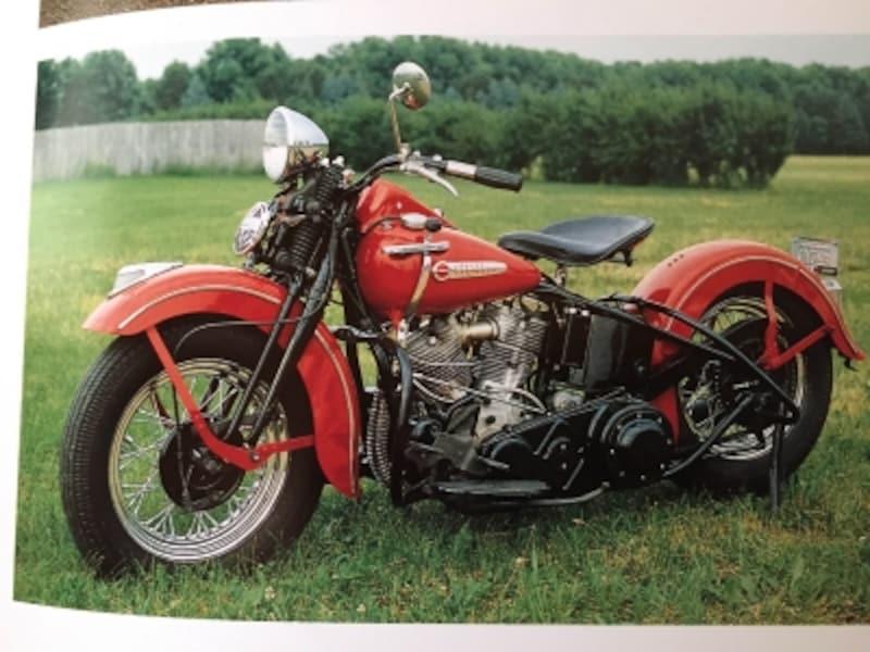 歴代ハーレーモデルのなかでも最高の一台と言われるパンヘッドエンジン搭載の1948年式FL