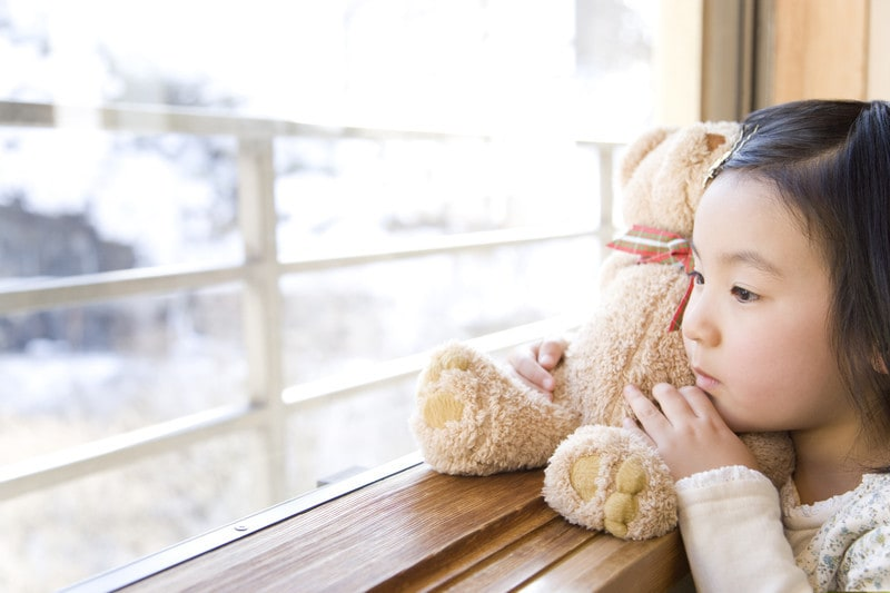 タオルを持って寝る…ぬいぐるみ・タオルに執着する子の心理・対処法 [ストレス] All About