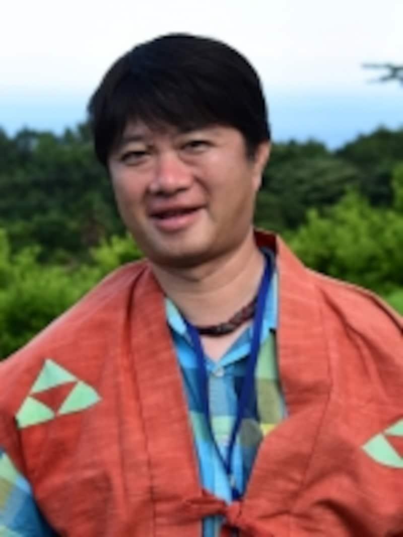 小田原の案内役は、市民団体を通じて小田原城の見学会などの企画運営に携わる山本篤志さん