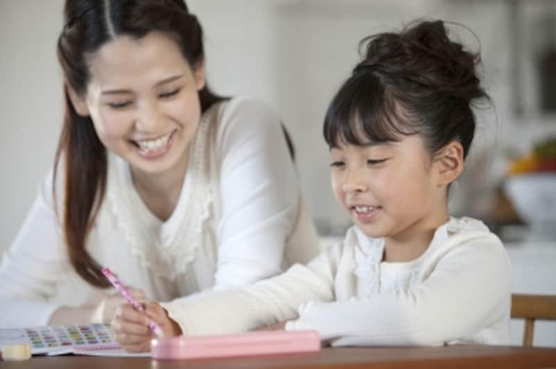 夏休みの宿題、親はどこまで手伝うべき?