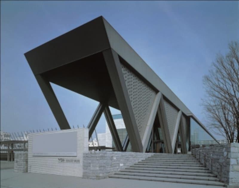 東京都現代美術館undefined外観