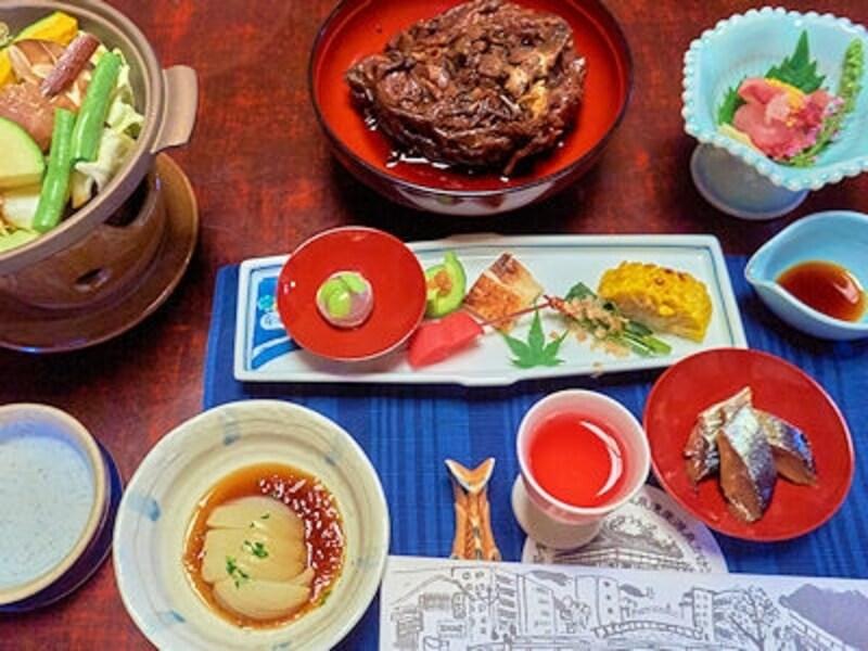会津東山温泉「向瀧」の夕食の一部