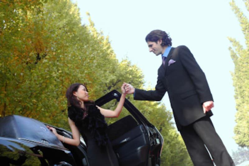 心地よくさせてくれる男性に出会った彼女はあなたの魅力から抜け出せないほどトリコになりますよ。