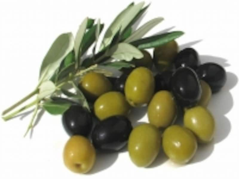 オリーブオイルを摂取するのも特徴