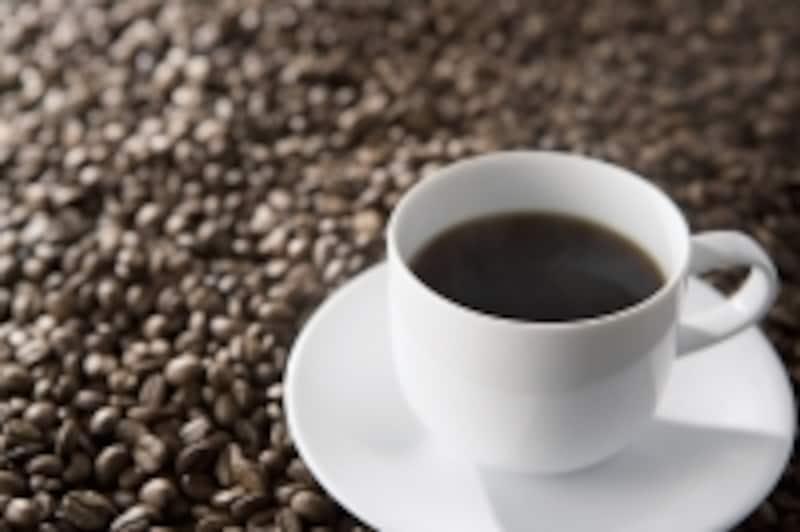 健康,ヘルスケア,コーヒー,カフェイン,茶,コーラ,エナジードリンク,覚醒作用,興奮,強心,過剰摂取