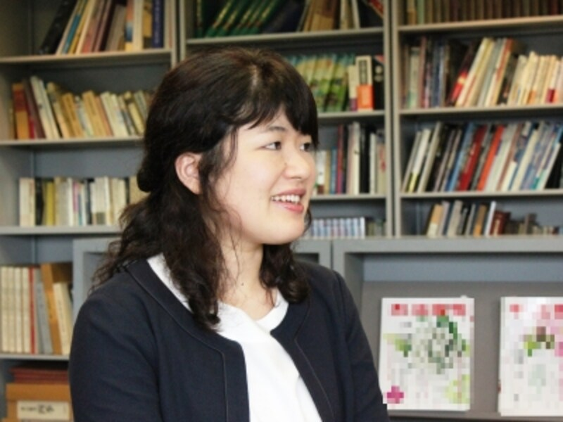 虎屋社長室広報課の関井藍子さん