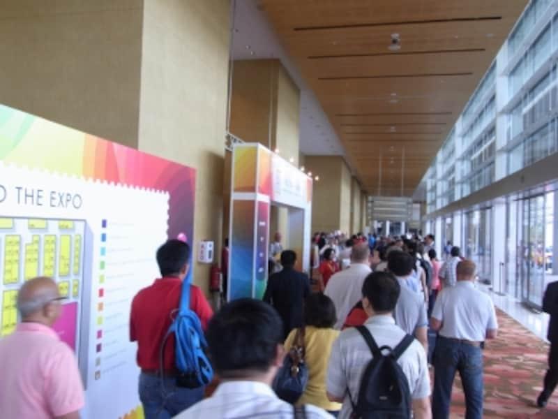 シンガポール2015の会場入り口