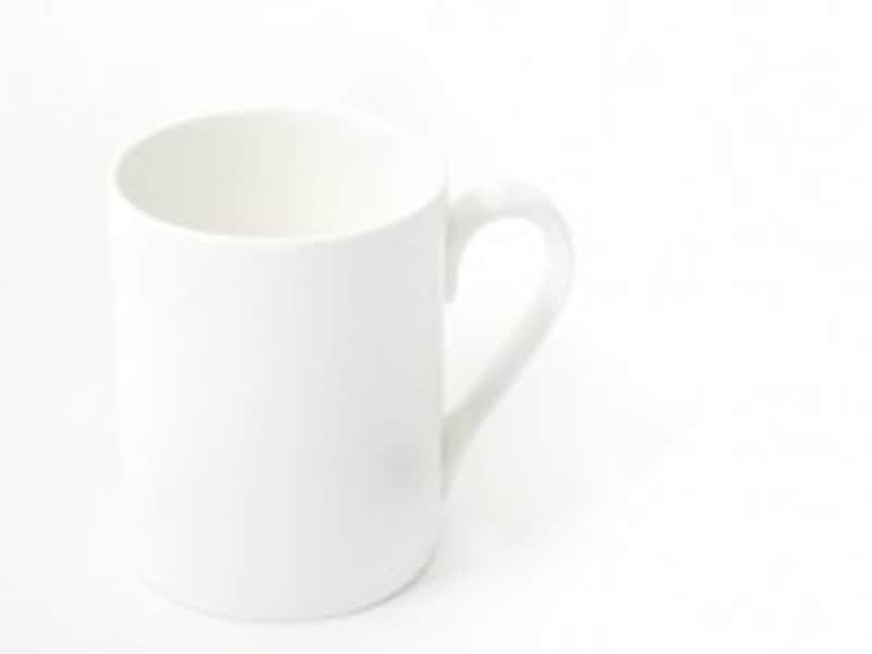 マグカップにエッセンシャルオイルを1滴