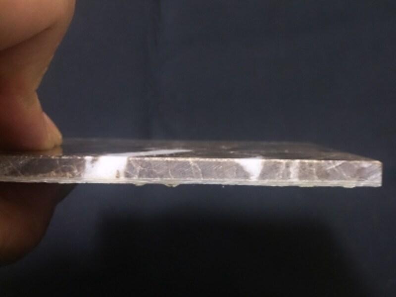 割れない薄型大理石