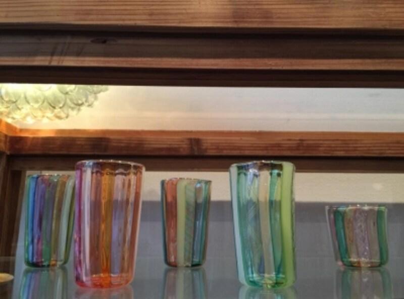 吹きガラス作家・石山瞳さんの作品。繊細な可愛らしさ。