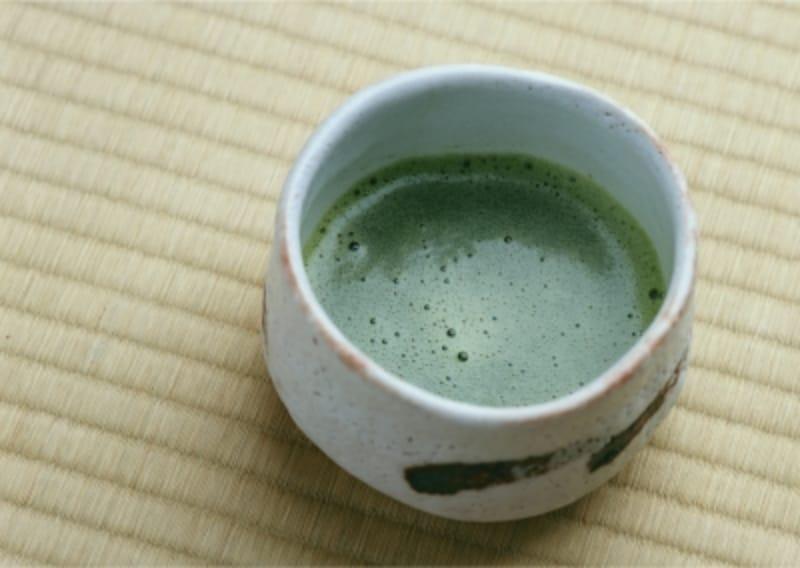 ストレートの抹茶は、お茶の旨みが。