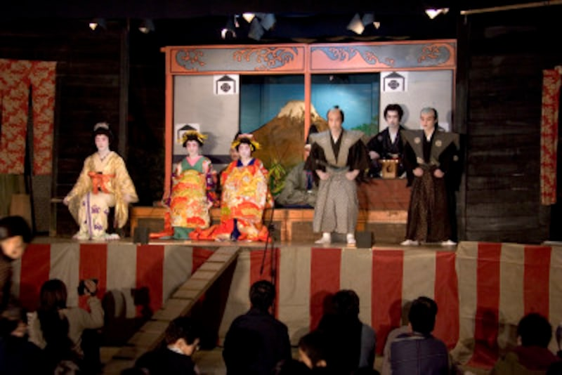 歌舞伎のイヤホンガイドは借りるべきなのか?