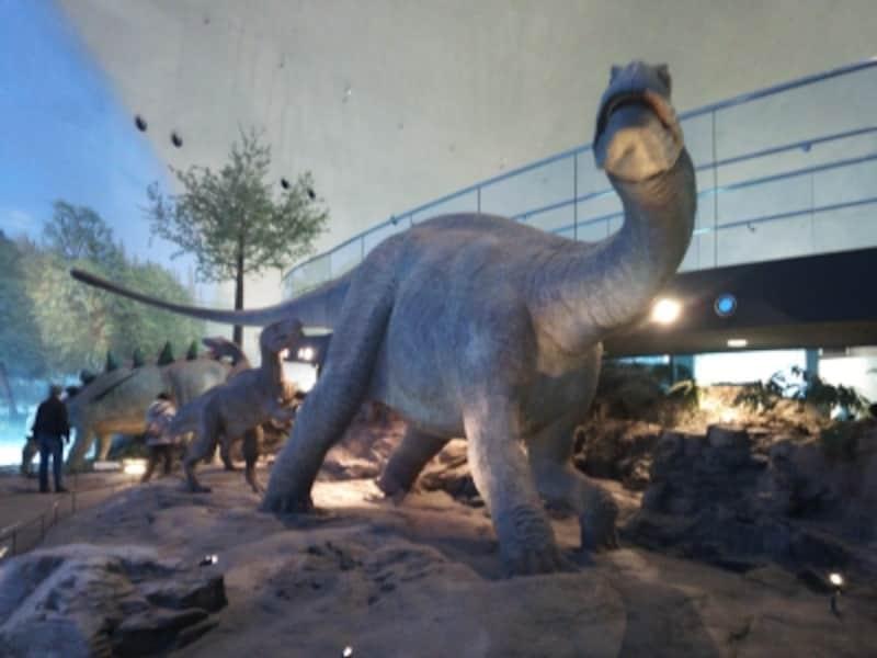 福井県立恐竜博物館(1)/リアルな恐竜復元模型の展示