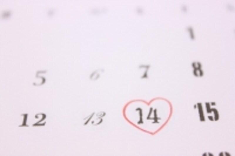 予定日をカレンダーにつけて周期をはかってみましょう。