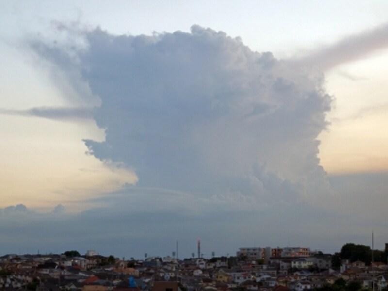 局地的豪雨の雨雲
