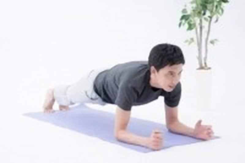 動画を参考に、体幹を鍛えよう!