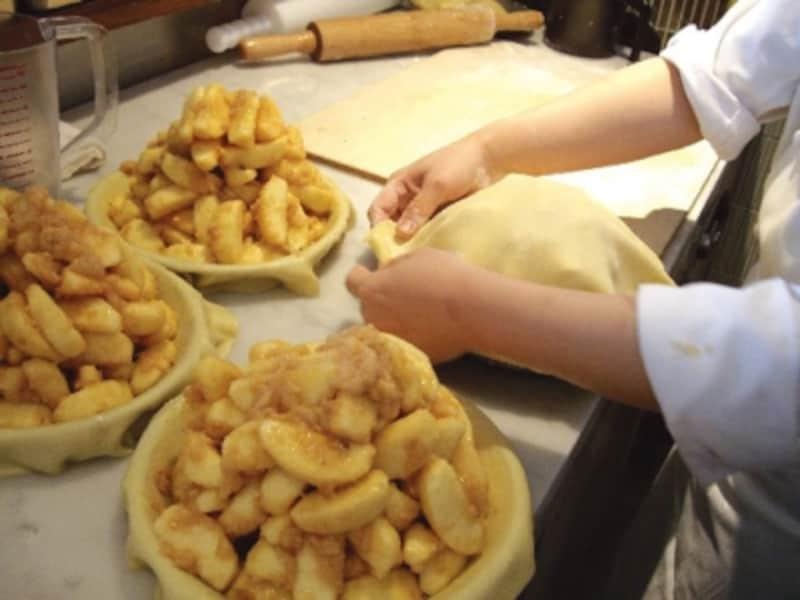 バビーズのアップルパイは一つひとつ手づくりするのがこだわり(画像提供:M・R・S)