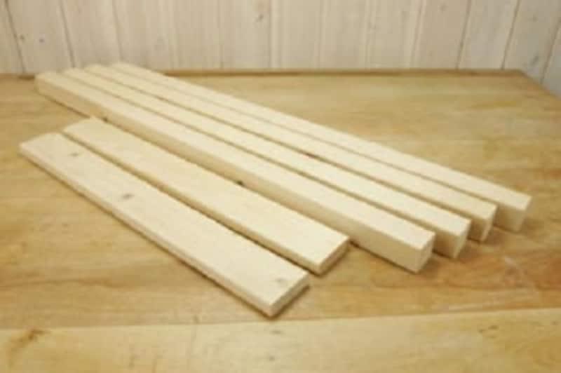 ホームセンターで手に入りやすい、折りたたみテーブルの材料