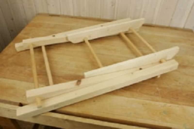 折りたたみテーブルのDIY・穴あけ位置が重要です