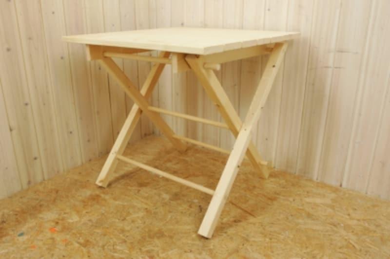 折りたたみテーブルのDIY・仮組するとわかりやすくなります