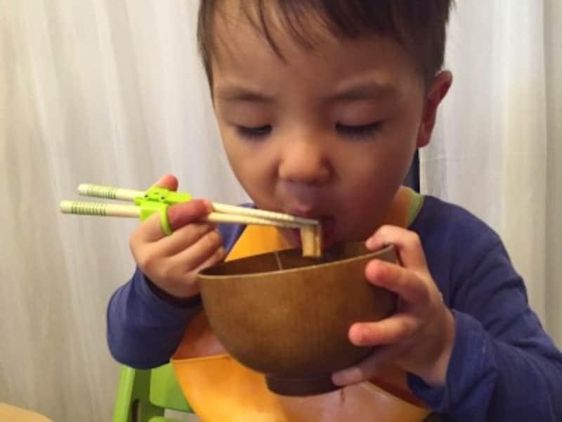 箸の練習は何歳から?