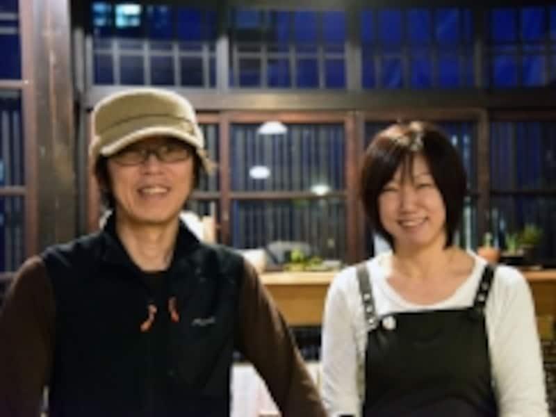 店主の中村仁さんと奥様のひろ江さん