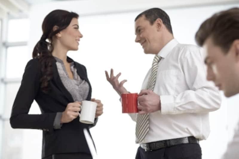 仕事ではバリバリ自分の意見を言うアラサー女子も、恋愛では意外と……?