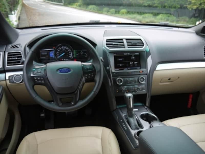 フォード・エクスプローラー