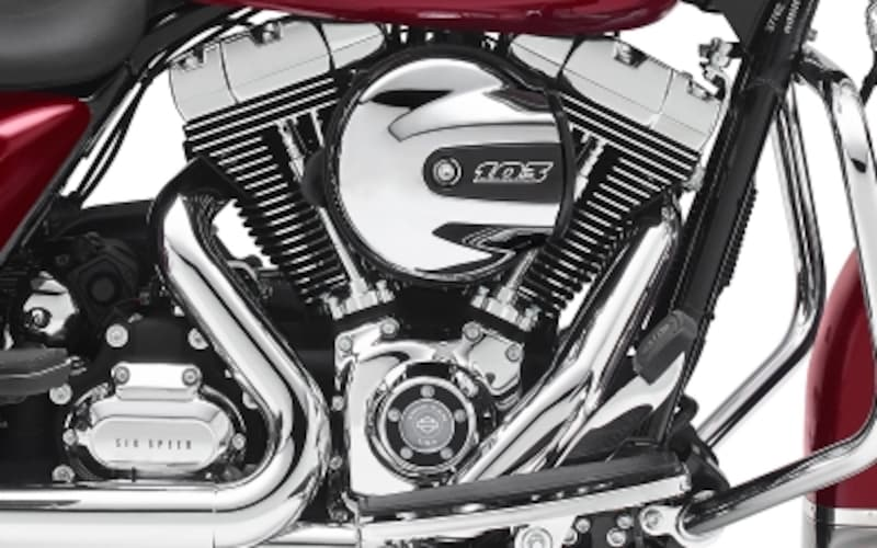 排気量1,689cc/4ストロークV型2気筒OHV2バルブエンジン[ツインカム103]