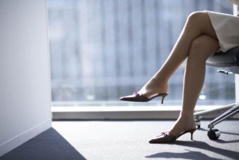 普段の習慣がO脚につながっている可能性が…。