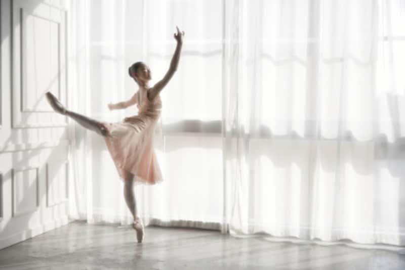 バレエのステップの動きをおさえよう