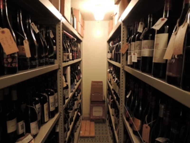 パーラーのワインセラー