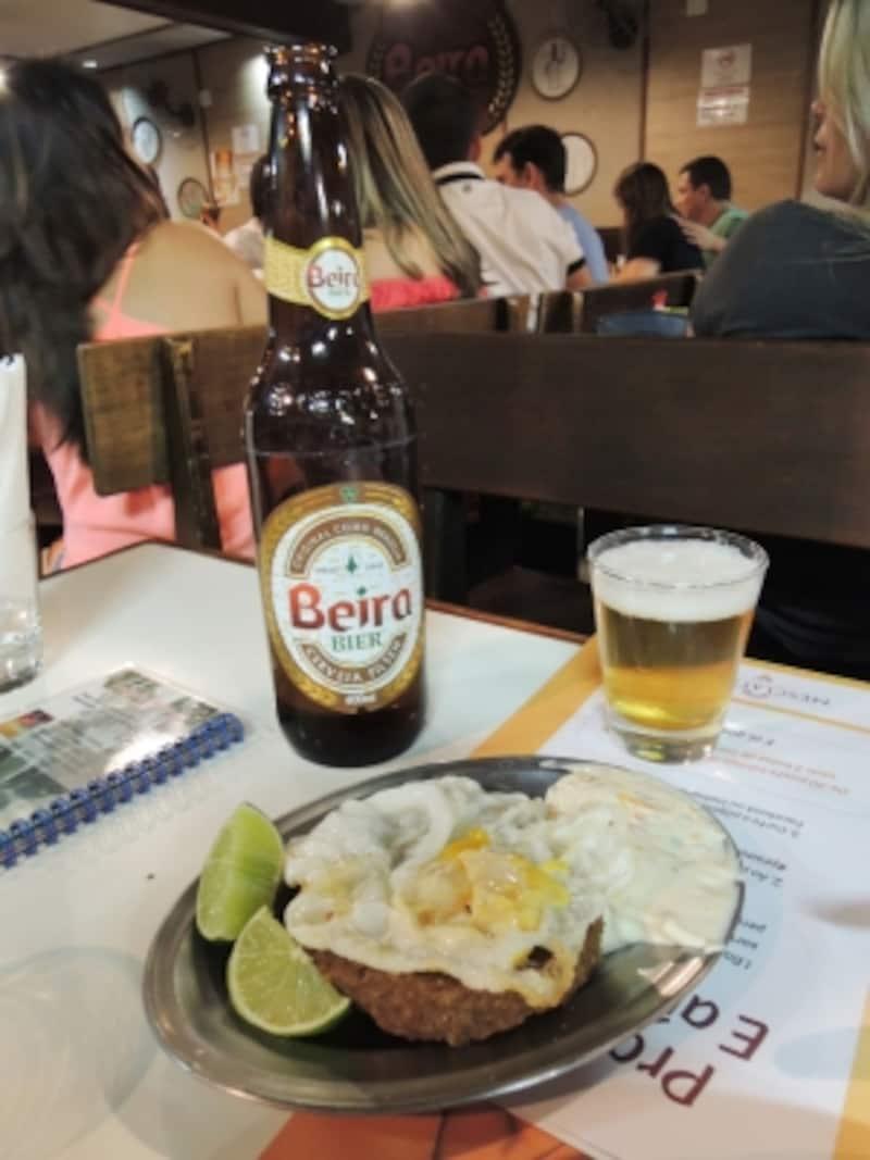 店オリジナルビール「Beira」とキビ料理