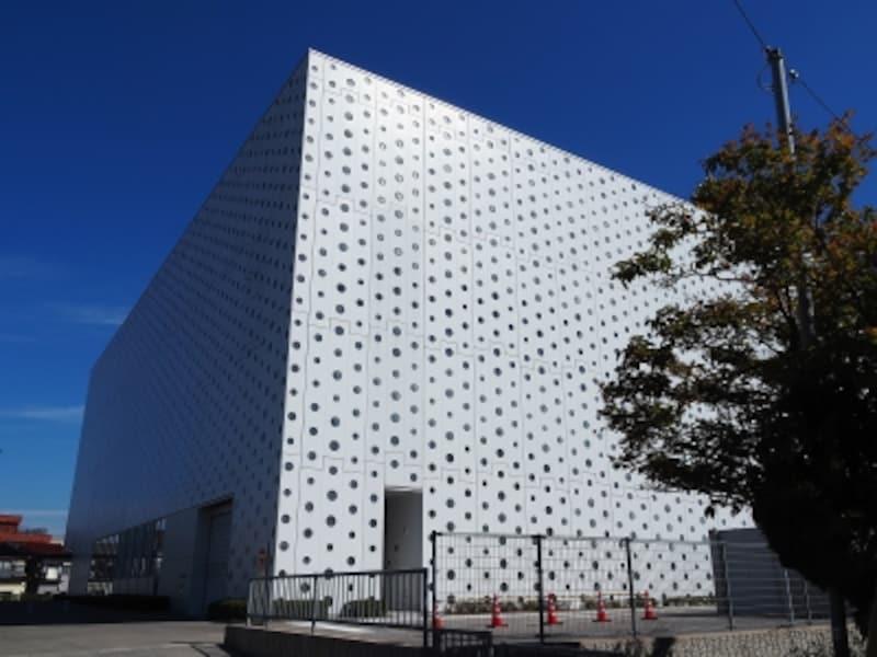 外観@金沢海みらい図書館