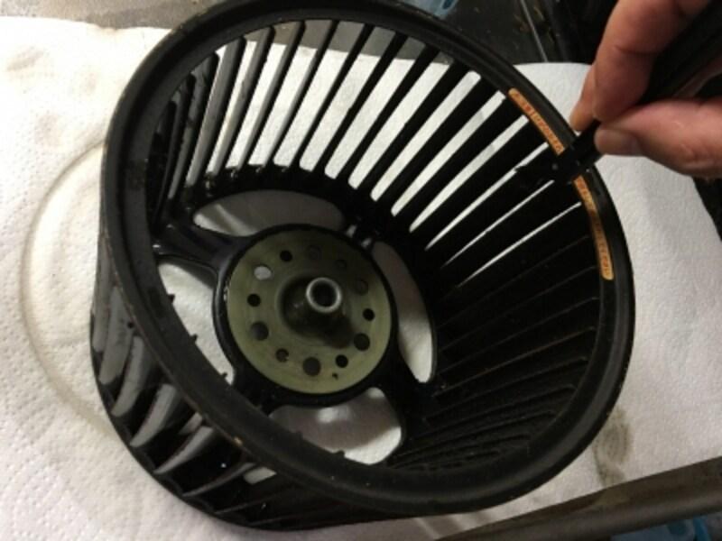 換気扇(シロッコファン)掃除に便利な親方棒