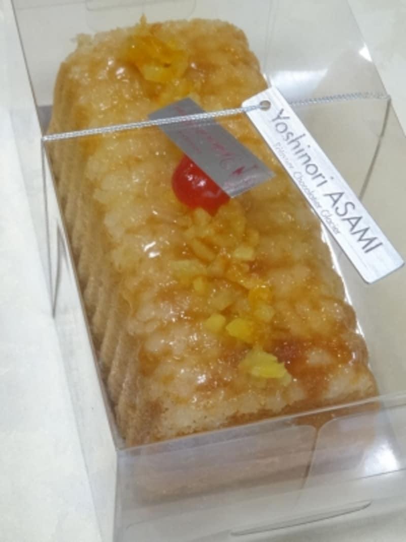 「パティスリーヨシノリアサミ」の「ケークオランジュ」(ホールサイズ税込1,980円)
