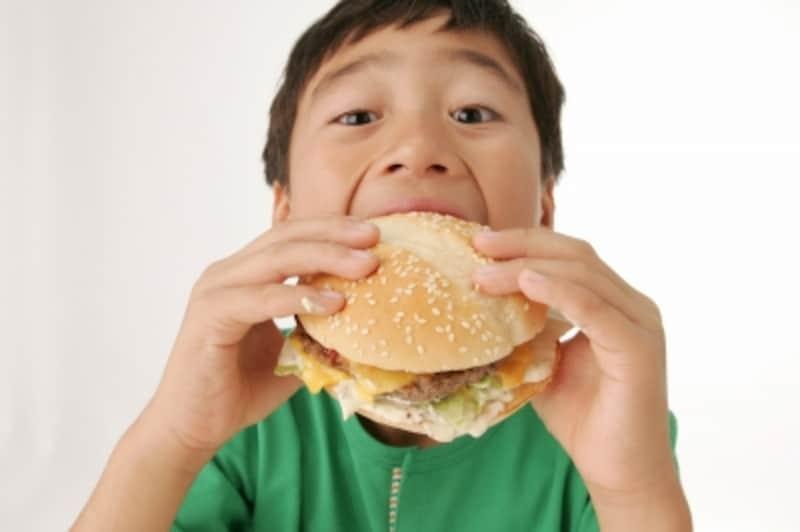 気をつけたい子供の食べ物