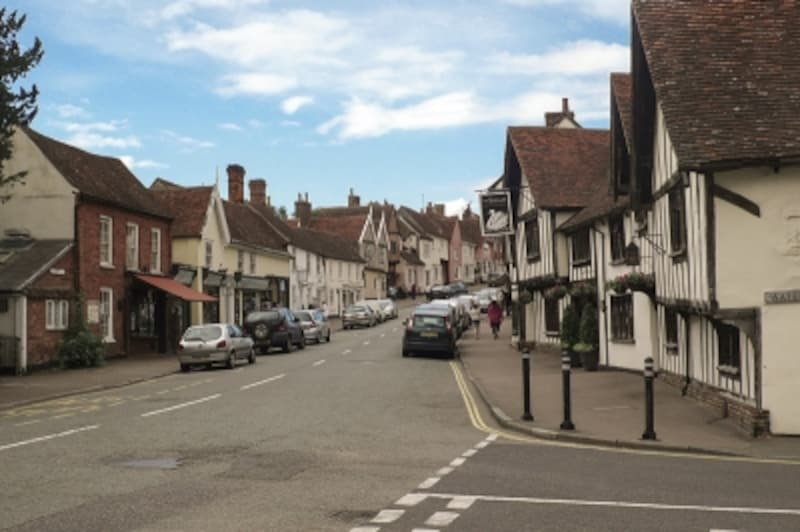 ロンドン北東部サフォーク州にあるラベンハム村が発祥