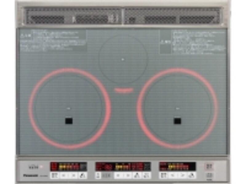 ボタンも大きく使いやすい3色LED火力表示を採用した天面操作。使用中は赤色にひかるリングで鍋と奥位置も分かりやすい。undefined[KZ-F33XSフル天面]