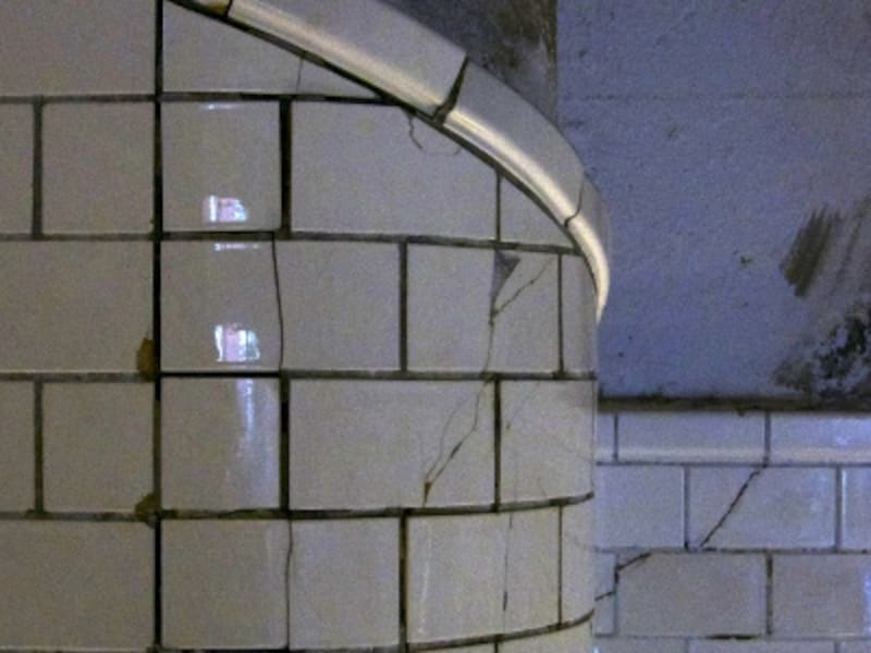 1935階段の壁面タイルundefined