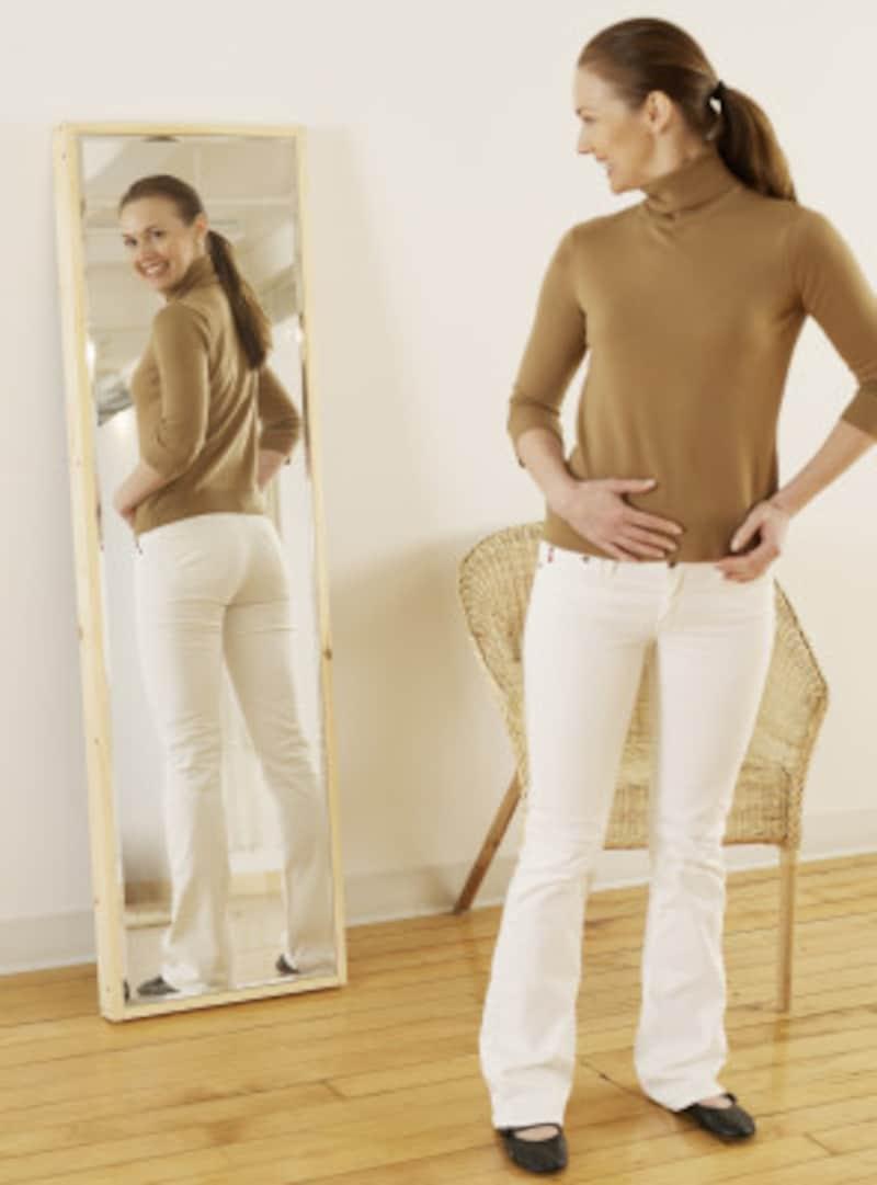 パリジェンヌは体重計よりも全身鏡でボディをチェック