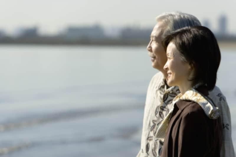 夫・妻と死別したら義両親との関係は義理の親が再婚を勧める場合も