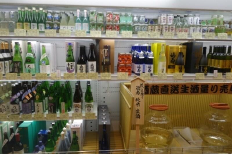 東京にあまり出回っていない小さな蔵元が多いです。