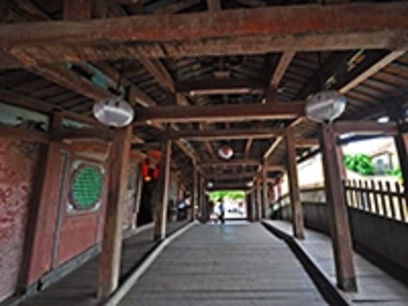 遠来橋、内部の様子