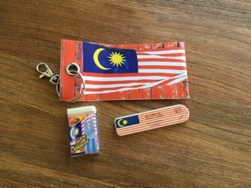 マレーシア人がマレーシア好きなことを表しているのが、国旗をモチーフにしたお土産品の数々。カラフルでかわいい!【マレーシアのお土産】