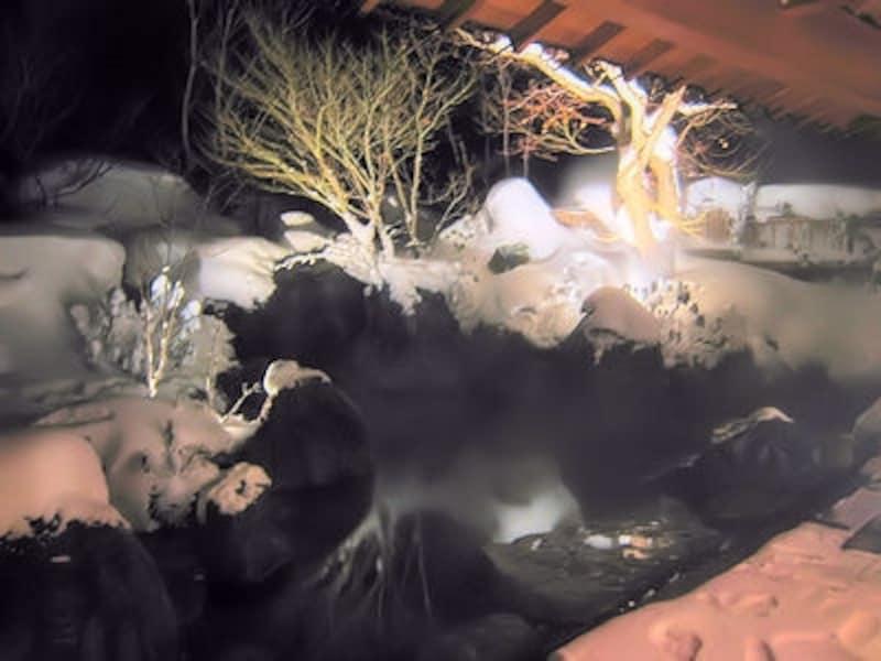 法師温泉長寿館の雪見露天風呂