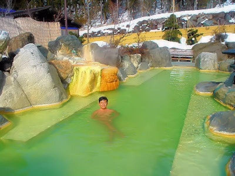 奥飛騨温泉郷新平湯温泉ガーデンホテル焼岳の雪見露天風呂
